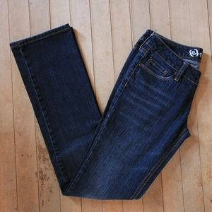 Bullhead Sunset Straight Leg Jeans. Dark wash